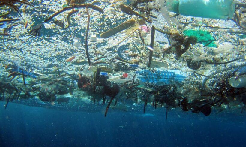 """Ο μεγάλος """"σκουπιδοτενεκές"""" στον Ειρηνικό Ωκεανό"""